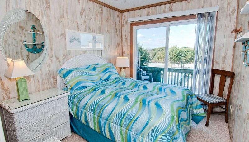 Chautauqua East - Bedroom