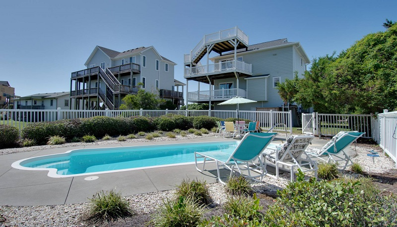 Decked Out - Beach House with Pool in Emerald Isle