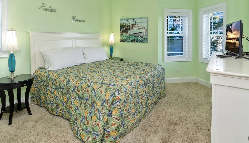 Red Snapper Club - Bedroom
