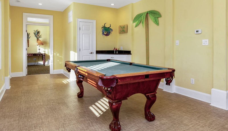 Red Snapper Club - Pool Table