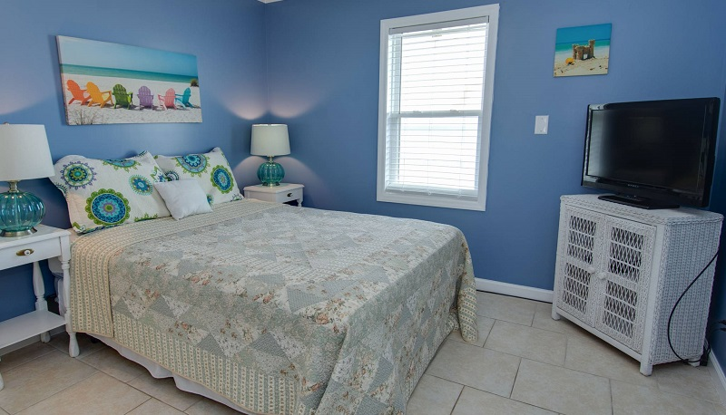 By the Beach - Bedroom