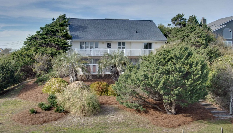 100 Periwinkle - Emerald Isle Realty Featured Property of the Week