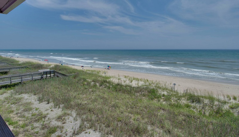A Recovery Room East - Beach View