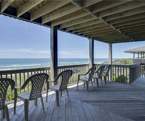Above the Tide - Deck and Beach View