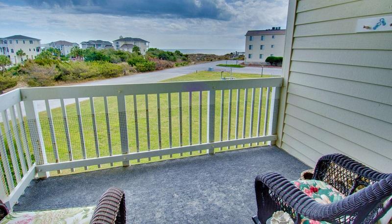 Point Emerald Villa B-203 - Deck