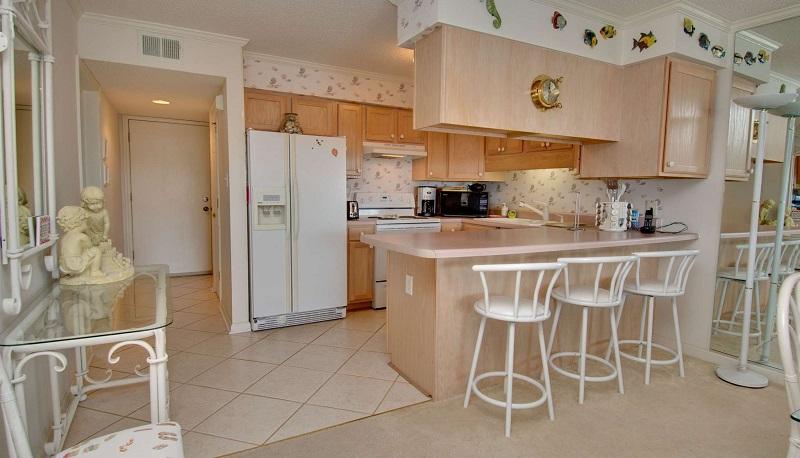 Point Emerald Villa B-203 - Kitchen