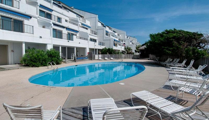 Bogue Shore Club Condos - Pool