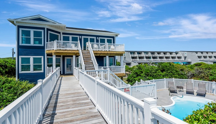 A Gritty Palace - Pine Knoll Shores NC Vacation Rental