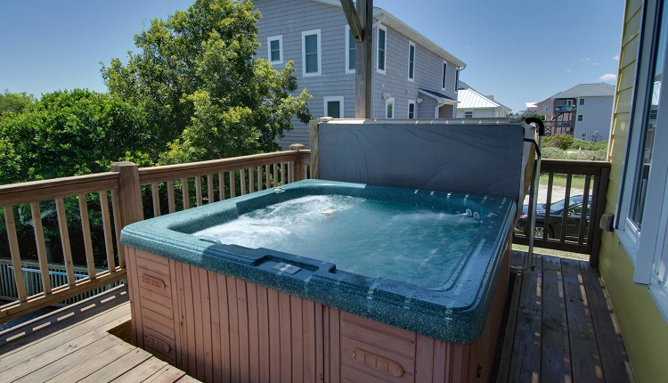 Beach Odyssey - Hot Tub