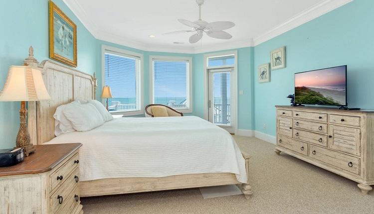 1 Tickled Pink - Bedroom
