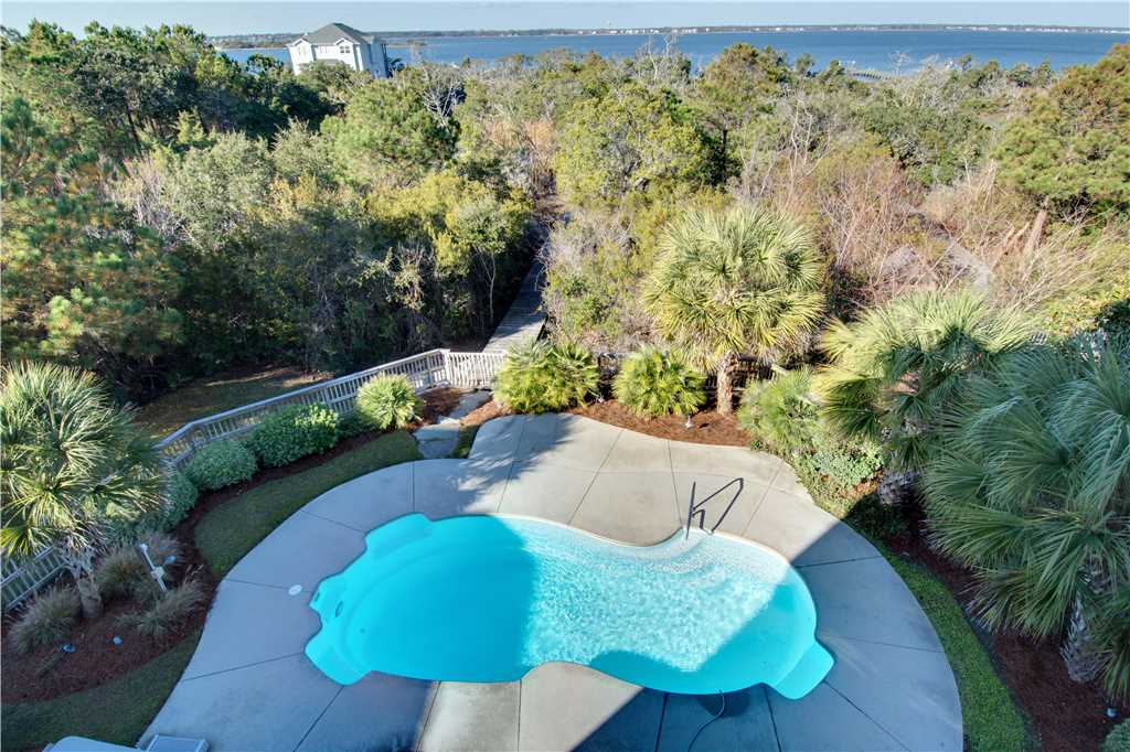 oscars-place-pool