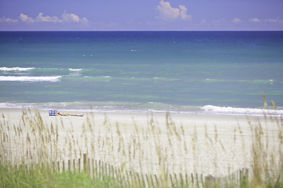 Beach Ei D4 1 0115