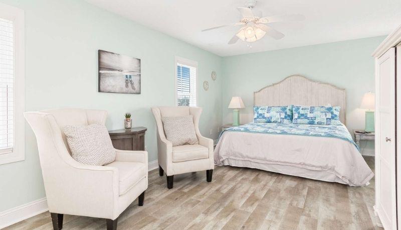 Serenity Now East - Bedroom