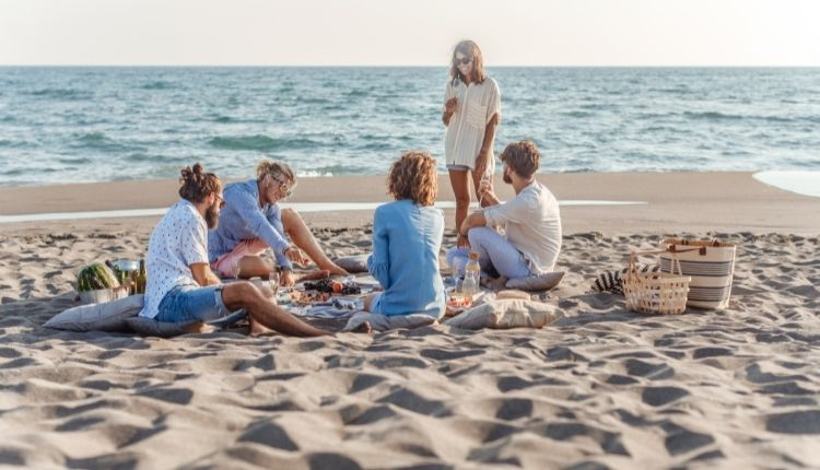 Have a picnic on the beach during your getaway