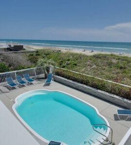 Enjoy amenity-packed vacation rentals in Emerald Isle for your spring vacation