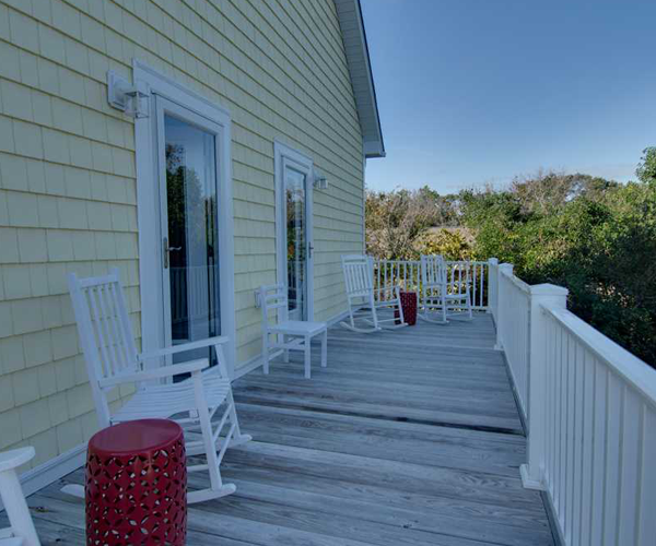 Featured Property of The Week - Beach Hair Dont Care - Master Suite Deck