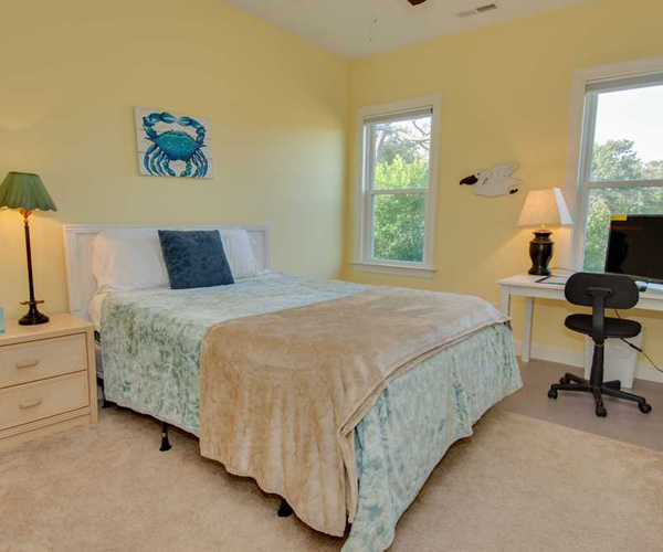 Featured Property of The Week - Beach Hair Dont Care - Queen Room
