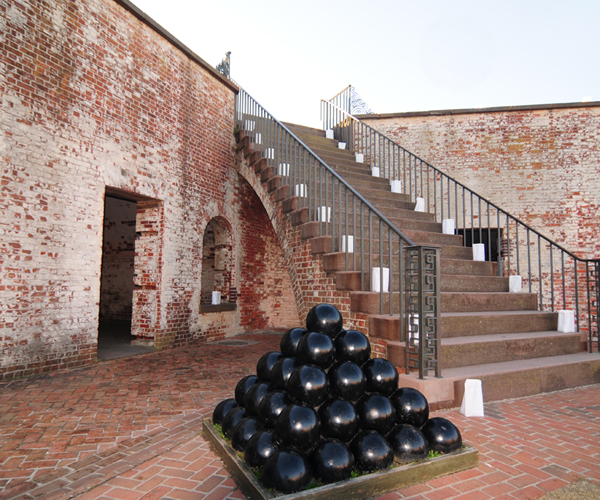 Best Attractions and Things to Do in Emerald Isle - Fort Macon