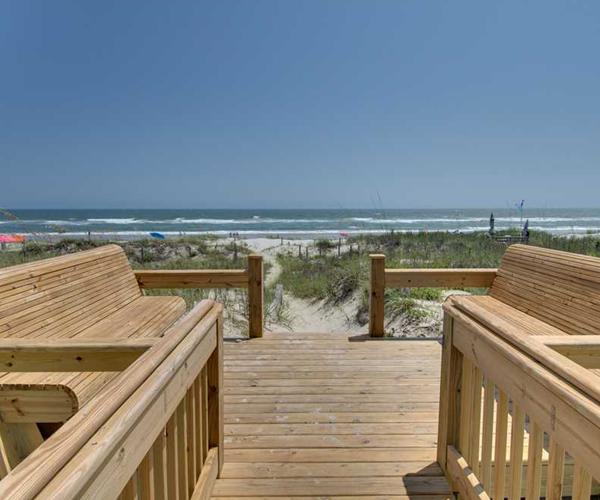 Featured Property Cardinal - Beach Bench