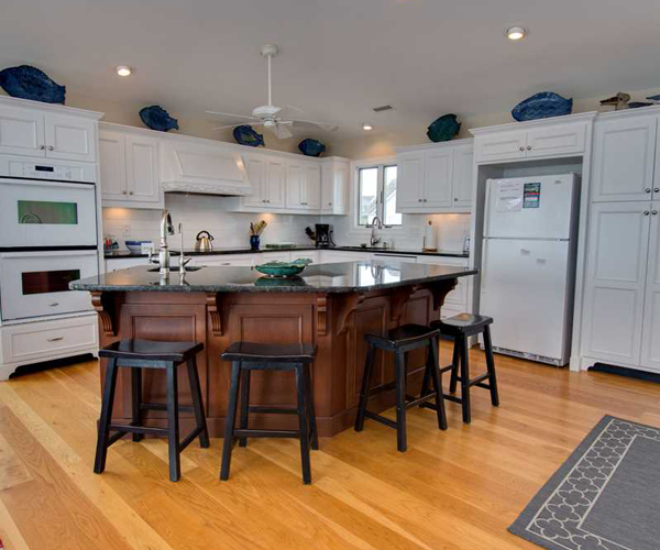 Featured Property Cardinal - Kitchen
