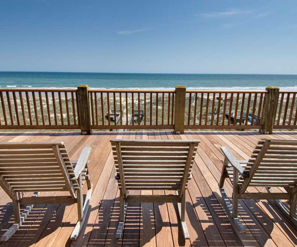 Featured Property Cardinal - Uncovered Deck