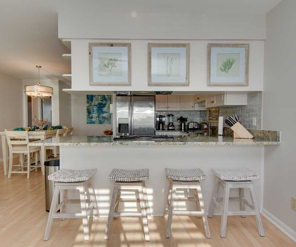 Featured Property of The Week Pebble Beach D207 - Breakfast Bar