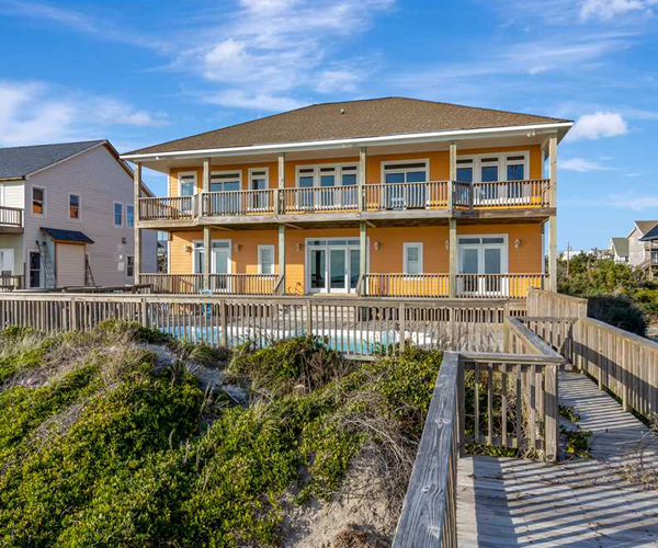 Featured Property Luxury Sands - Exterior