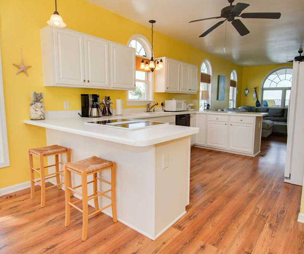 Featured Property Simple Blessings West - Kitchen