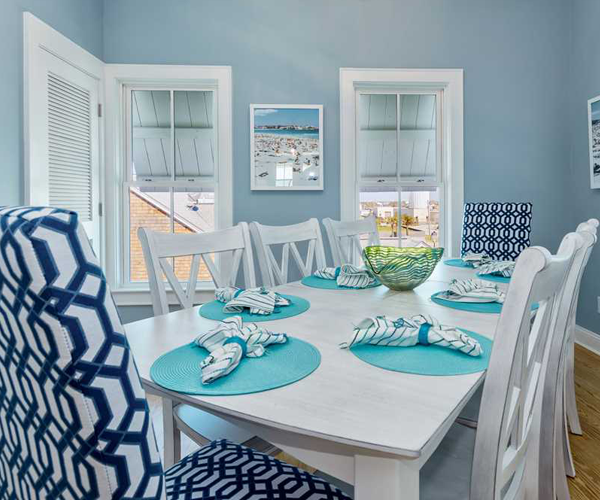 Featured-Property-Boardwalk-Bungalow-Dining-Room