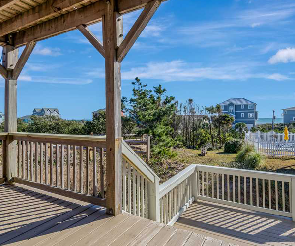 Featured Property Tradewinds East - Deck