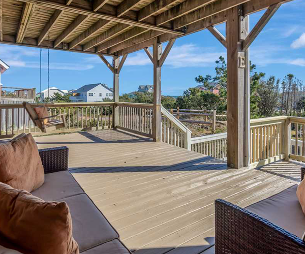 Featured Property Tradewinds East - Patio Furniture