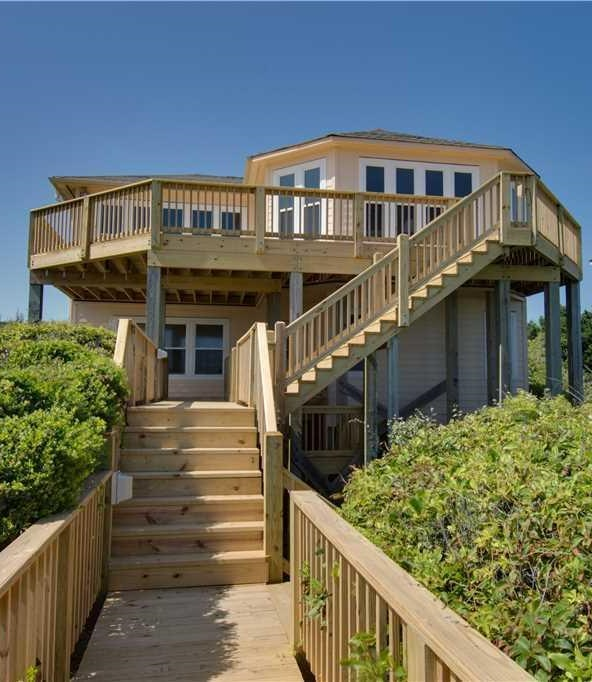 Homes for Sale in Pine Knoll Shores NC