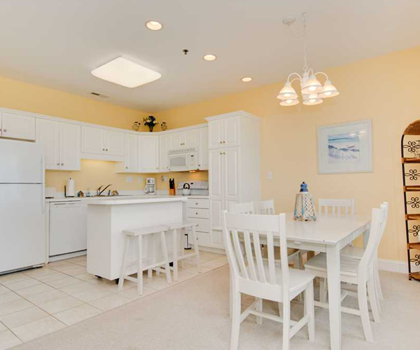 Featured-Property-Ocean-Club-A-103-Dining-and-Kitchen