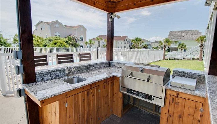 A Castle in the Sand, vacation rental with outdoor grill