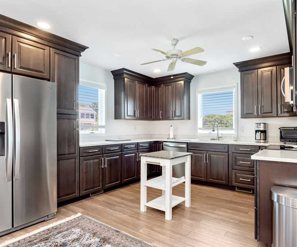 Featured Property Big Kahuna - Kitchen