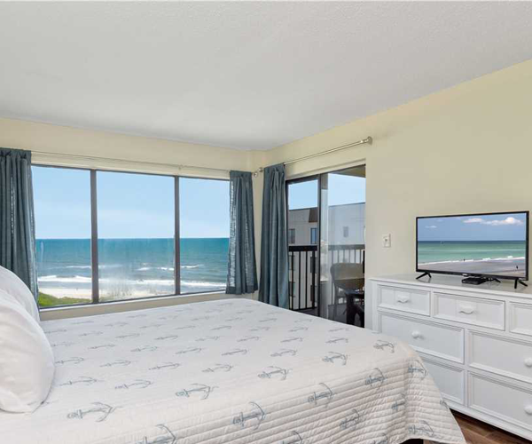 Featured Property Sound of The Sea 614W - Bedroom 1