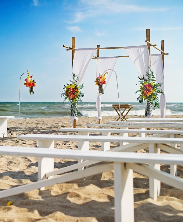 Beach Weddings on North Carolina's Crystal Coast