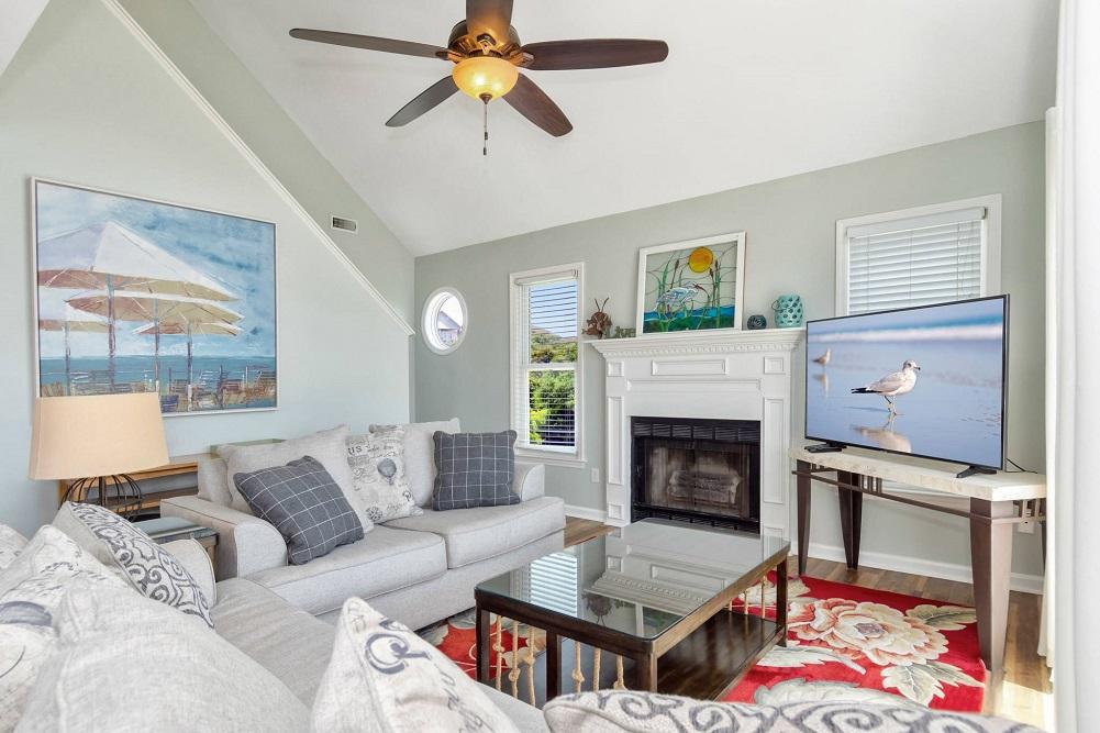 Turtle Reef - Living Room
