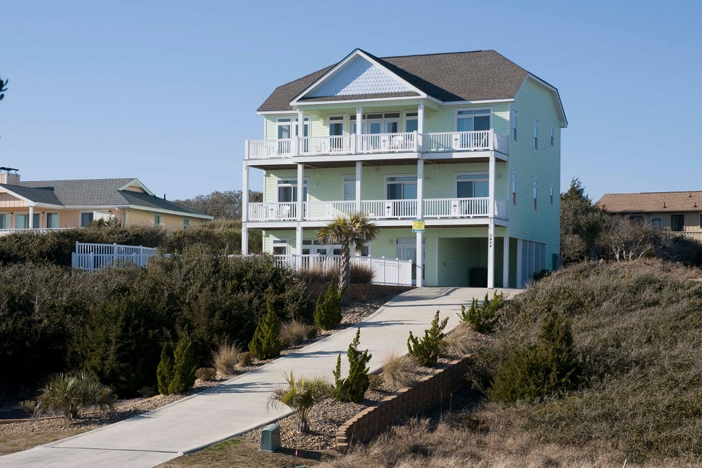 A Tropical Dream - 2nd Row Vacation Rental in Emerald Isle, NC
