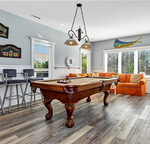 Vacation Rentals with Game Rooms in Emerald Isle, NC