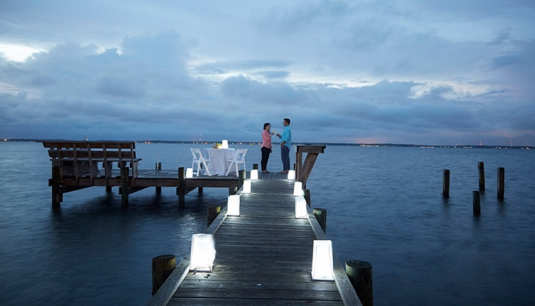 Enjoy a romantic Valentine's Day dinner for two.
