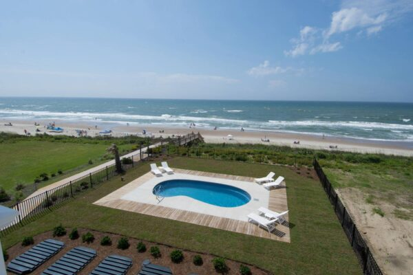 In the Bluff - Pool and Beach View