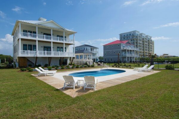 In the Bluff - Vacation Rental in Indian Beach, NC