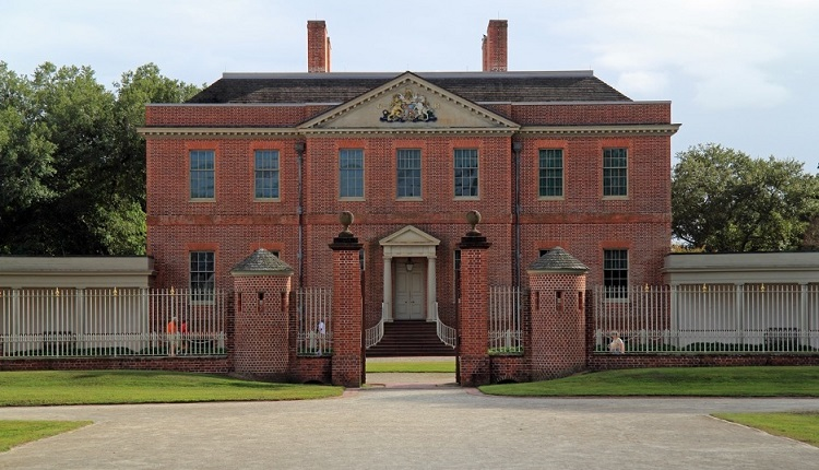 Spend a Day at Tryon Palace - Bucket List Ideas for Emerald Isle Vacation