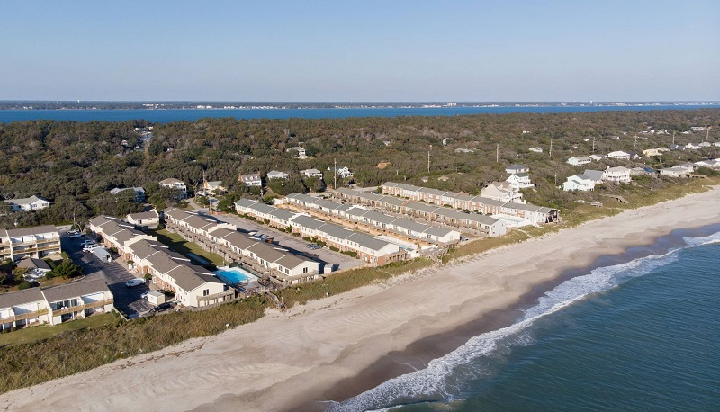 Pine Knoll Townes Condos in Pine Knoll Shores, NC