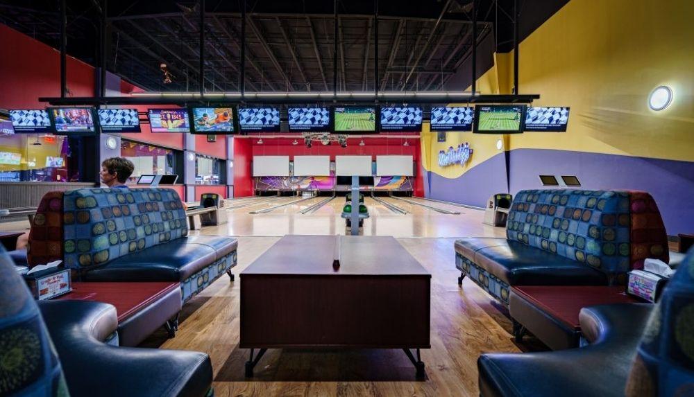 Mac Daddy's bowling