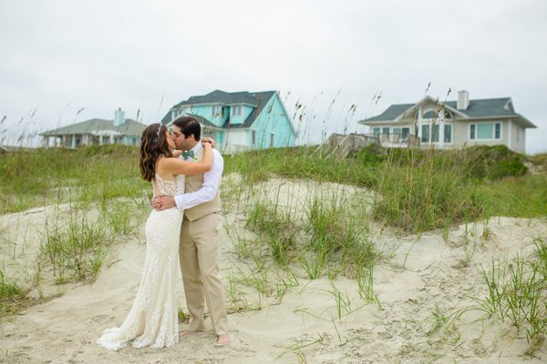 5 Ideas for Celebrating Your Anniversary - Vow Renewal