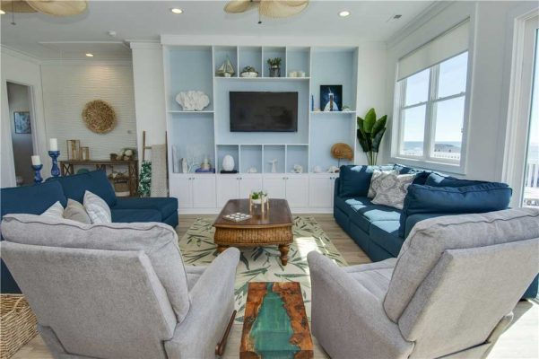 Featured Property - A Salt Life - Living Room