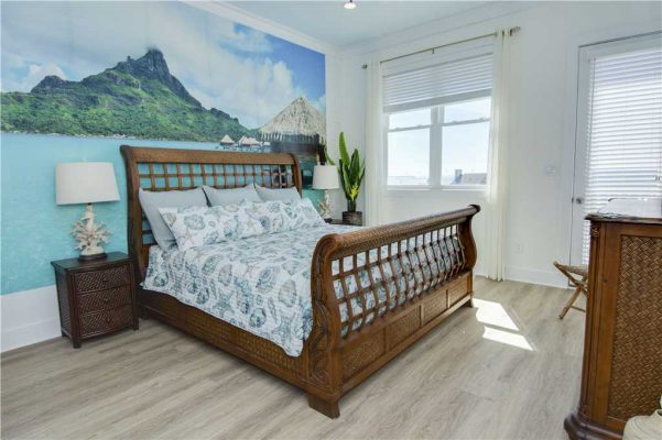 Featured Property - A Salt Life - Master Suite 1