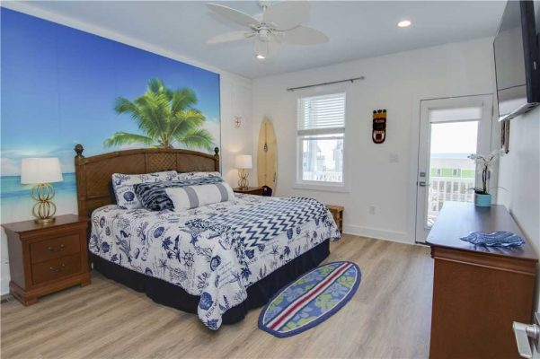 Featured Property - A Salt Life - Master Suite 4